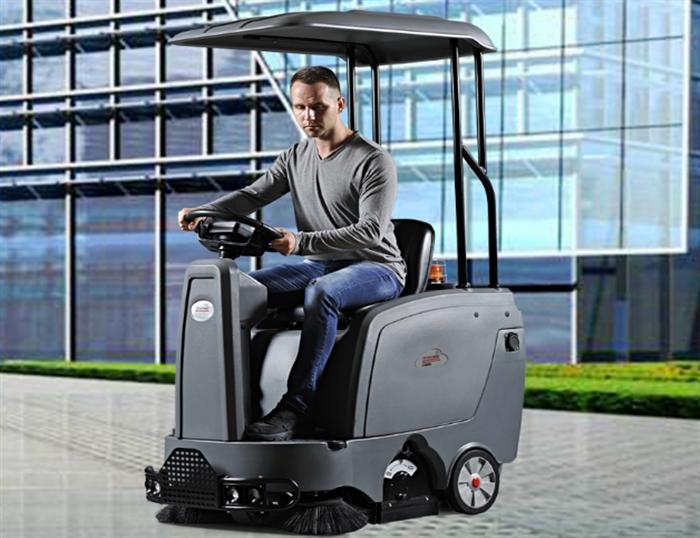 电动清扫车入驻小区,助力小区提高清洁效率